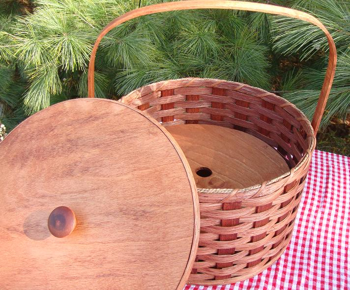 Holiday picnic pie carrier double pie basket